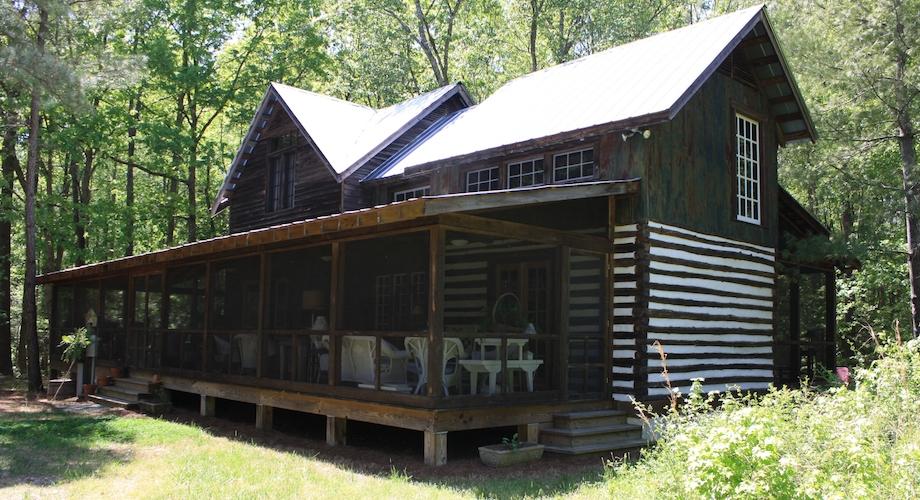 The barnhouse cabin farm